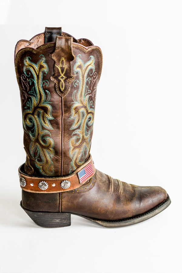 Dolly Boot JuJU on cowboy boot